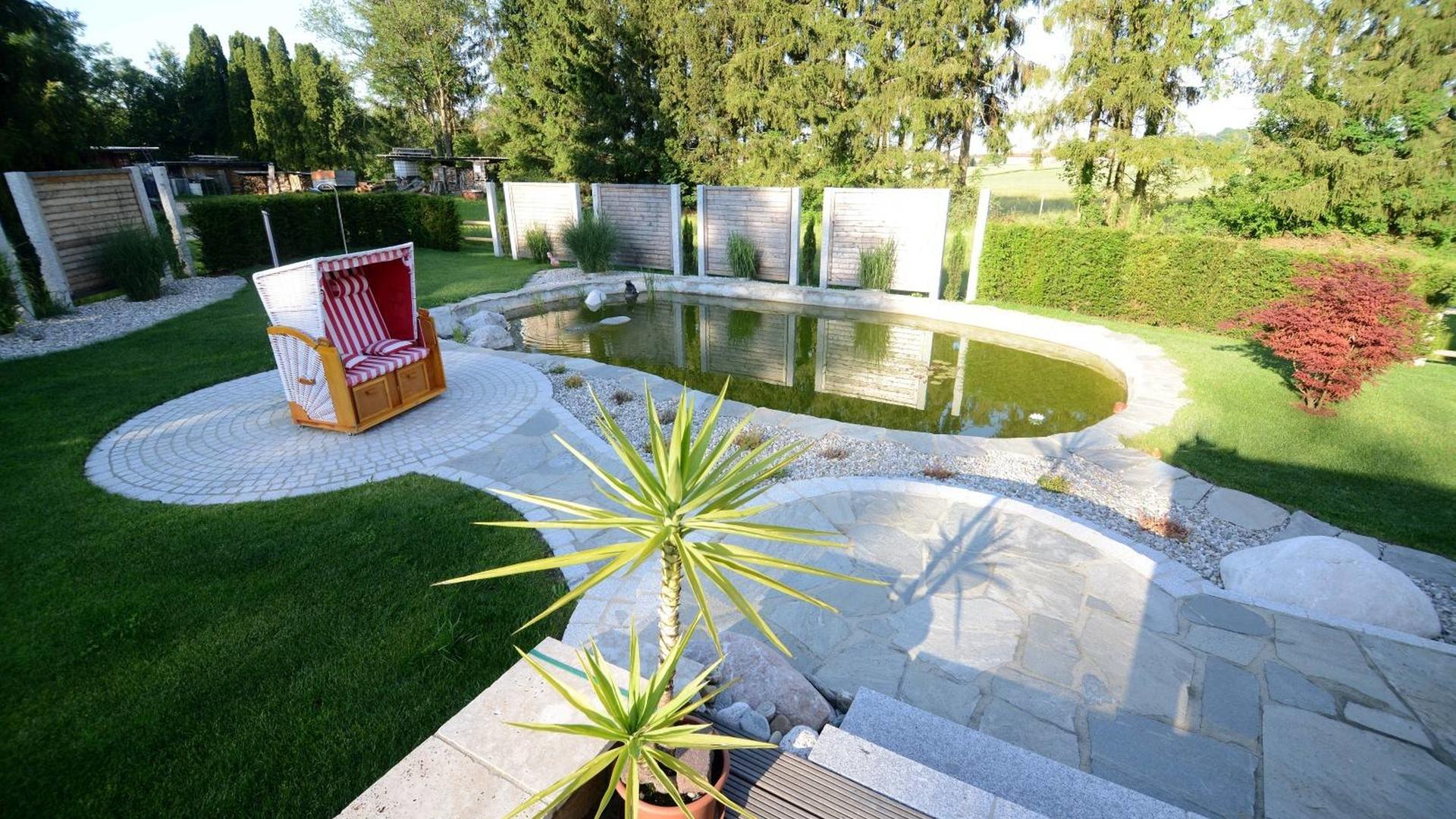 Wasser Im Garten 2 Large 1